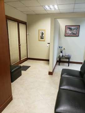 Quito, Oficina de Venta, Perfecta Para Inversión