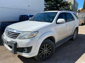 Toyota hilux sw4 srv at 2014 nafta 7 asientos