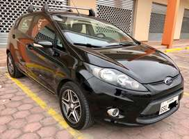 Impecable Ford Fiesta 2012