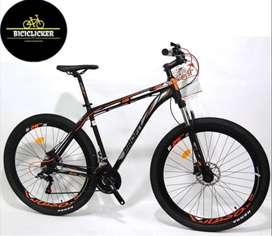Bicicleta Profit Boston X20 hidráulico, grupo shimano de 8 velocidades rin 29, freno de disco hidráulico.