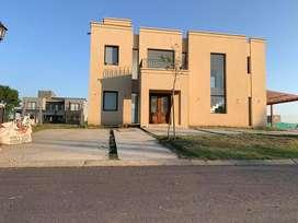 Excelente Casa A Estrenar Barrio Santa Ines Canning Dueño