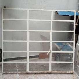 Puerta y ventana de hierro para patio o cocina