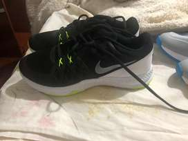 Zapatos deportivos  Nike, negras 8,5