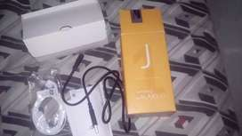 La caja DEL J01