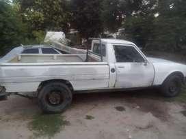 Se vende camioneta 504 exelente de motor