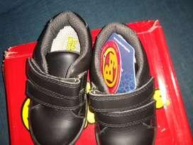 2 Hermosos pares de Zapatos