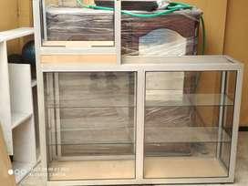 Vitrina marco de aluminio con caja