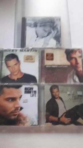 CDs de Ricky martín en remate c unidad