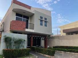 Venta Casa Belohorizonte, Vía A La Costa, Cerca Urb. Portal Al Sol y Puerto Azul, Norte Guayaquil, Belohorizonte.