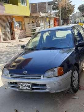 marca toyota stralet color azul en buen estado gas y gasolina bien conservado economico año 1997 .