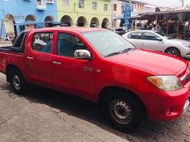 Camioneta Toyota Roja  2008