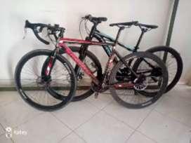 Vendo bicicleta de ruta en aluminio