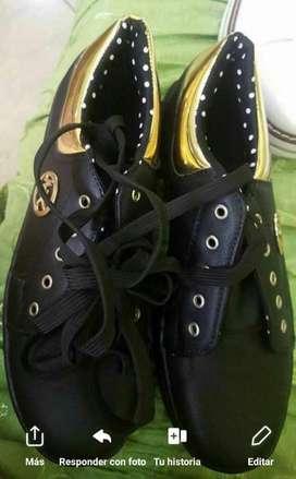 Zapatillas de Damas Nuevas Tall 37 Y 38