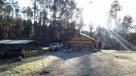 Casa de campo, Yacanto de Calamuchita, arroyo y pinares