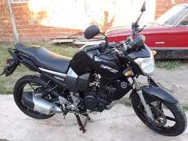 Vendo o permuto Yamaha  fz16