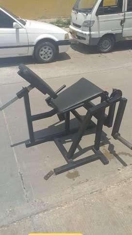 Fabricantes y diseñadores de maquinas de gimnasio
