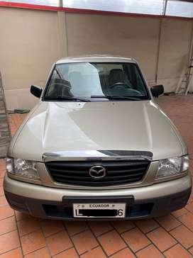 Mazda B2200 4x2 2005, totalmente flamante