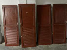 4 puertas de armario usadas