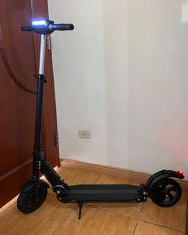 Vendo scooter NUEVO Gondi S02