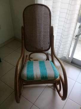 silla mecedora estilo thonet