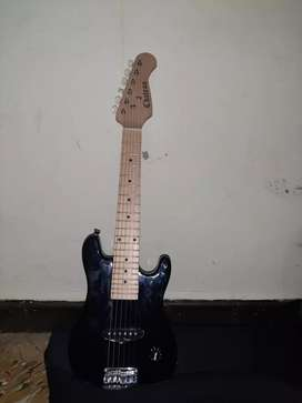 Guitarra electrica chateau
