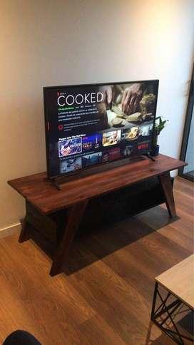 Mesa para televisión de hasta 70 pulgadas