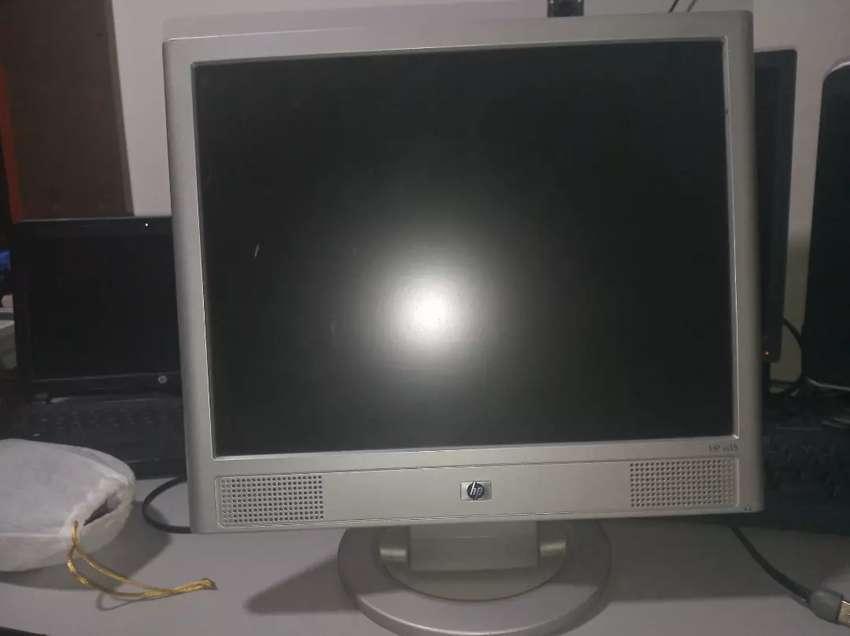 Monitor-pantalla para PC marca de HP 0