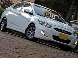 Hyundai Accent i25 Automatico
