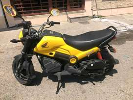 Honda Navi más accesorios solo 2 meses de uso (700km)