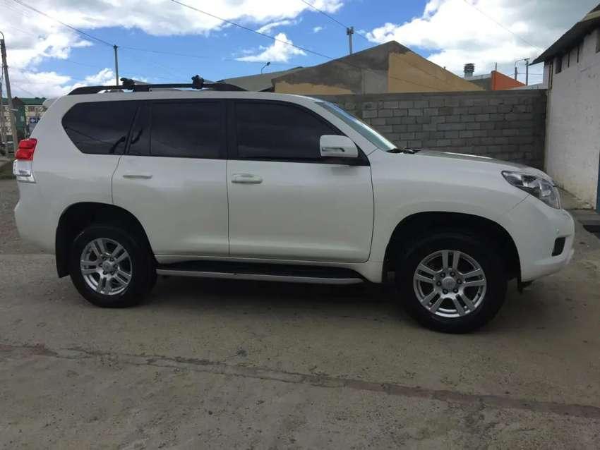Toyota Land Cruiser Prado VX MT 2012