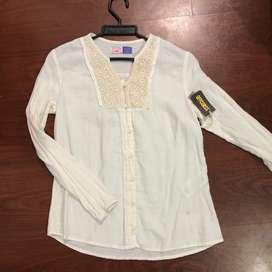 Camisa NUEVA CON ETIQUETA blanca