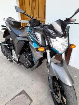 Se vende moto Yamaha FZ 2.0 mod. 2020