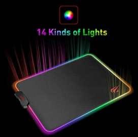 Pad mouse Gamer RGB 38 cm Largo x 25 cm ancho Havit color negro