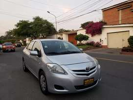 Toyota yaris mod 2009  full