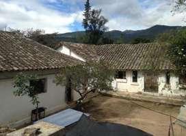 Terreno central en Ascázubi con casas a 5 minutos del Quinche