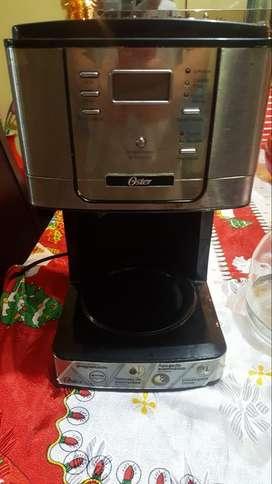 Cafetera Oster en buen estado precio negociable