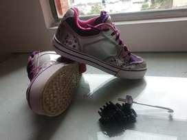 Zapatos de ruedas para niña