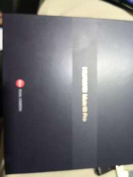 Se vende huawei Mate 10 PRo de 128g gris titanium grey ram de 6gb con128 de memoria FHD 10/10