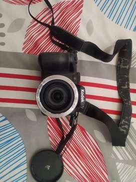 Cámara Kodak Pixpro AZ 421