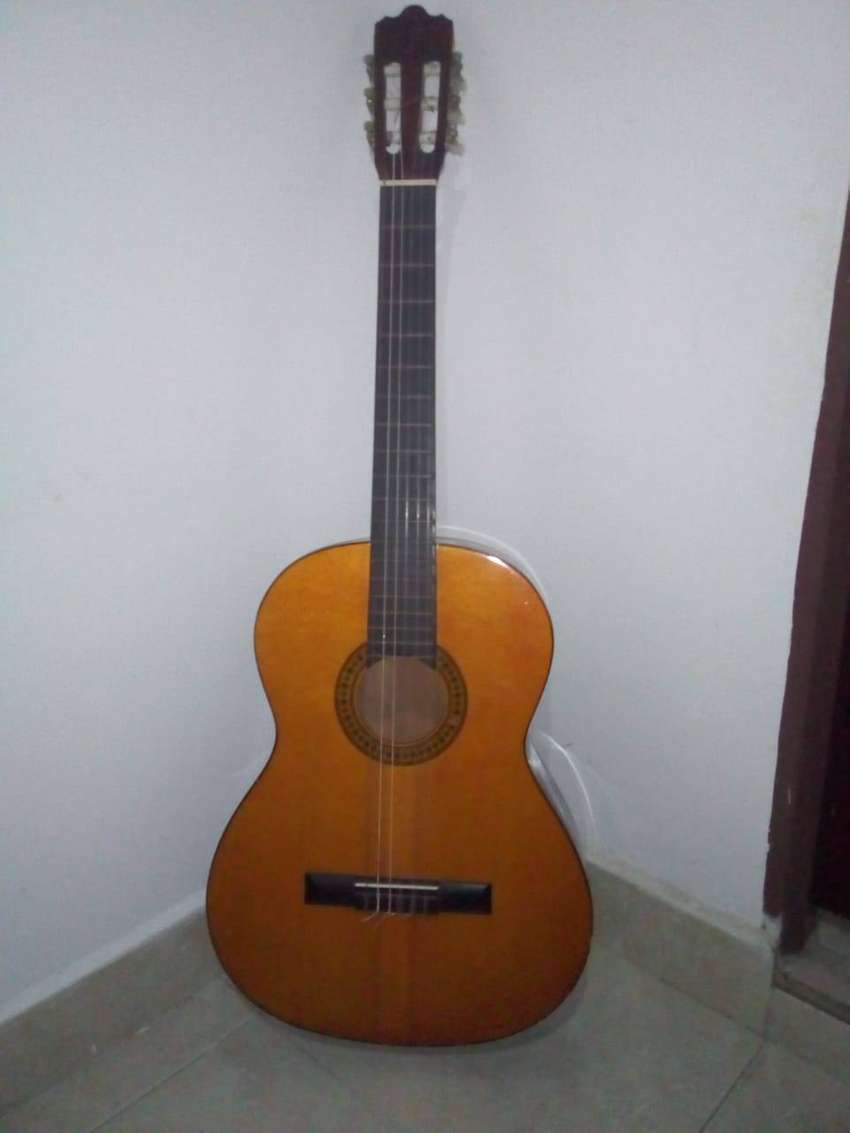 Guitarra Clásica Excelente Sonido 0