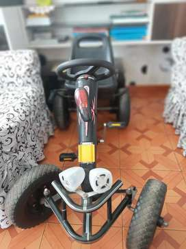 Carro a pedal para niño
