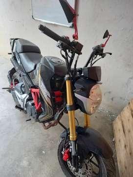 Se vende moto ranger