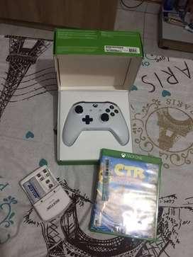 Control Original Xbox One + Cargador de baterias + Juego Crash CTR