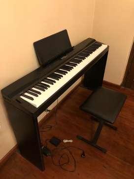 VENDO PIANO CASIO PRIVIA PX-330. IMPECABLE!