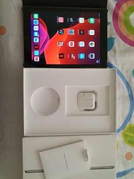 iPad sexta generación wifi+celular 32 gb como nuevo