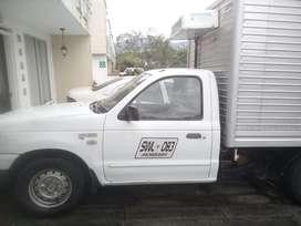 Vehiculo de carga con Trabajo