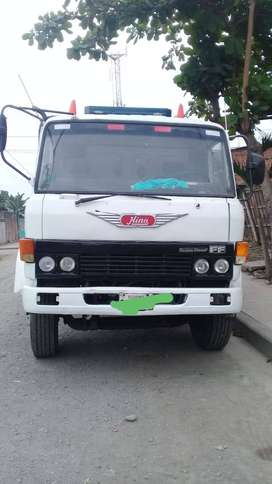 Vendo camion Hino con todos los documentos al dia