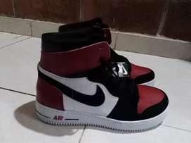 Se vende. Zapatos nuevos jordan