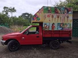 Camioneta con maquina heladera trabajo rentable