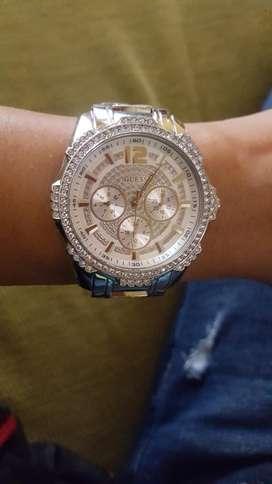 Reloj de Mujer Guess Plateado